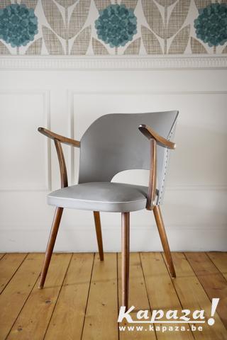 Vintage stoel grijs - retro
