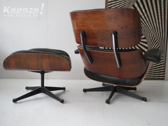 Eames lounge chair (Ottoman)